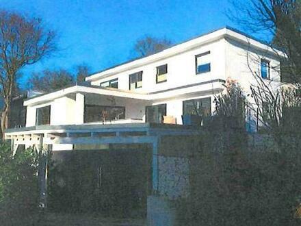 Moderner Bungalow mit Terrassen und Fernblick!