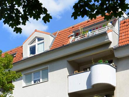 Provisionsfrei für den Erwerber ! Bezugsfrei mit Loggia in Schmargendorf !