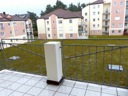 1 2 5. 0 0 0,- für SOFORT freie + NEU renovierte 2 Zimmer 5 0 qm + SONNEN- BALKON + Aufzug - LIFT