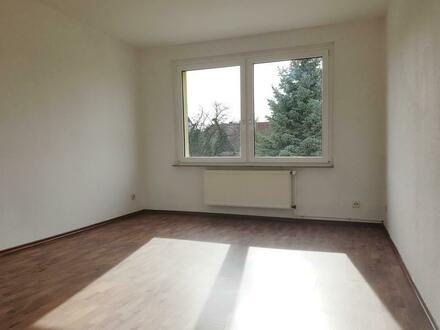 Schöne 2 Raum Wohnung im EG zu vermieten