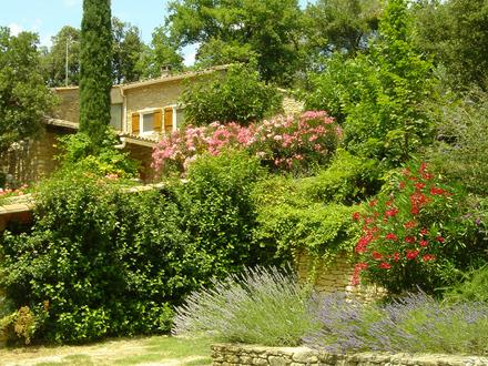 Schmuckstück mit Charme in der Provence