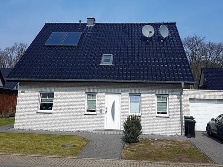 Ideales Grundstück, bebaut mit einem Einfamilienhaus in bevorzugter Lage, Jetzt sichern !