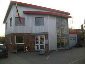 Büro-/Wohnen/ Gebäude mit Halle im Industriegebiet Lahde
