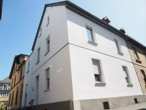 1-2 Parteienhaus mit sonniger Hoffläche in zentraler aber ruhigen Lage von Mainz-Mombach