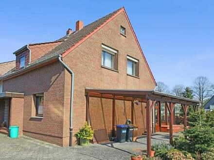 Solide Doppelhaushälfte mit Garage und bebaubarem Grundstück in ruhiger Lage von Lüssum-Bockhorn