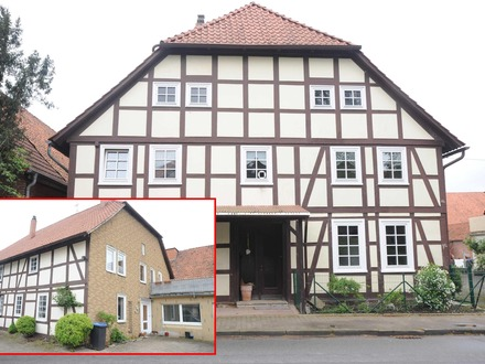 Großes Fachwerkhaus mit Anbau und Garage sowie flexiblem Grundstückszuschnitt in Emmerthal