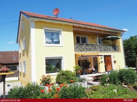 * Ichenhausen Nähe A8 - Schönes EFH mit ca. 211 qm Wfl. auf großzügigem Grundstück *