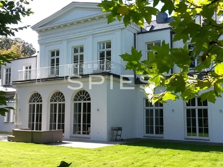 Einmalige Büroflächen in kernsanierter Villa Borgward