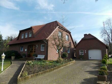Großzügiges Wohnhaus mit Garage Nähe Papenburg, direkte Lage an der Ems, www.deWeerdt.de