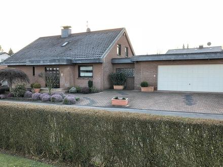 Sehr gepflegtes Einfamilienhaus, Garten & 3 Garagenplätzen, bevorzugte Lage von Dortmund-Berghofen