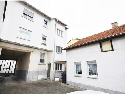 Mehrfamilienhaus in der Innenstadt von Neu-Isenburg - für Handwerker!