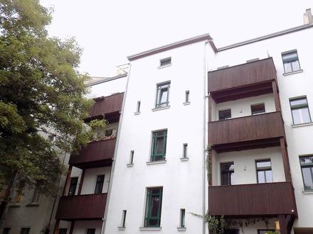 2 Zimmer-Wohnung in guter Lage mit Balkon und Fußbodenheizung