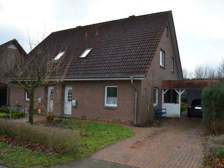 Ruhig gelegene Doppelhaushälfte in gewachsenem Wohngebiet in Aschenstedt