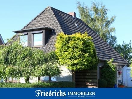 Wohnen im Nordseeklima! Großzügiges Wohnhaus mit Einliegerwohnung in Varel - nahe Jadebusen
