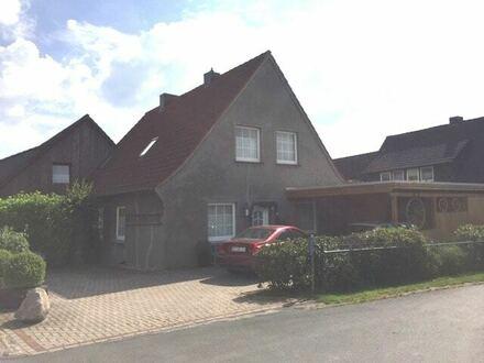 Kernsaniertes Einfamilienhaus mit Doppelcarport in Rechterfeld