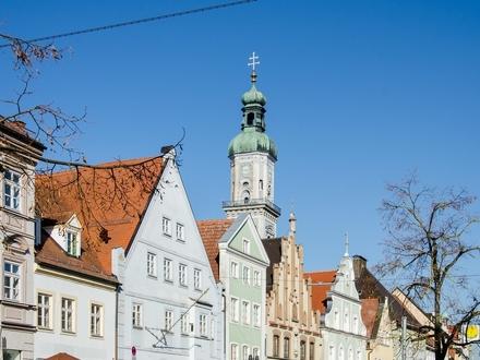 Unsaniertes Altstadthaus mit Innenhof im Herzen Freisings