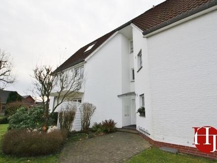 Gemütliche Erdgeschosswohnung mit Einbauküche und Terrasse!