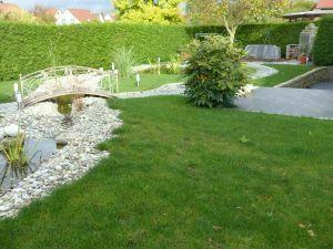 Hausanteil mit herrlich angelegtem Garten in 97534 Waigolshausen