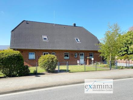 Modernes Doppelhaus mit Garten. Ideal für die Familien als Mehrgenerationshaus oder Anlageobjekt!