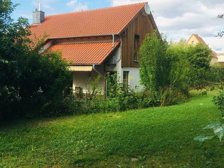 Freistehendes Einfamilienhaus mit großem Grundstück in Grünstadt-Asselheim