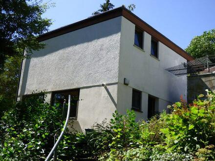 Baugrundstück in einmaliger Aussichtslage mit Garage