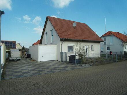 Freistehendes 1 Fam.-Haus mit Garage in Meerdorf (Wendeburg)