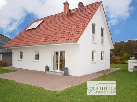 Großzügiges, neuwertiges KFW 70 Effizienzhaus mit Solarthermie! Der ideale Ort für Familien!