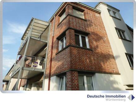 Für Selbstnutzer oder Anleger: Sanierte 4,5 Zimmer Wohnung (1.OG) im Stuttgarter Westen