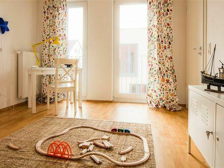 Wohnen im Grünen: modernes Zuhause im EG mit 3 Zimmern, Einbauküche & Gartenterrasse