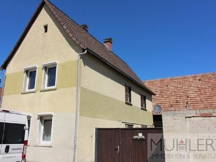 Einfamilienhaus mit großer Scheune, Hof und Garten in bester Lage!