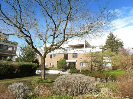 In TOP-LAGE: Saniertes, hochwertig ausgestattetes Penthouse mit einzigartiger Terrassenlandschaft