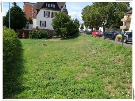 Geisenheim: Baugrundstück mit individuellem Zuschnitt