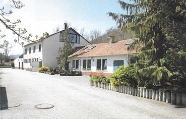 Idyllische Tierklinik mit kombiniertem Wohnen in Rottenburg am Neckar