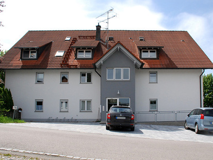 Kapitalanleger aufgepasst: gut vermietete Souterrain-Wohnung mit Terrass und Garten bei Leutkirch