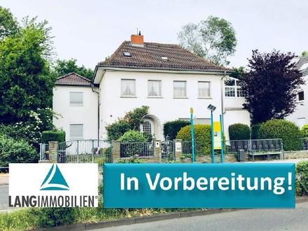 +++ANLAGEOBJEKT oder SELBSTBEZUG: Freigestelltes 2-Familienhaus Frankfurt - Eckenheim+++