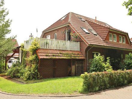 TT bietet an: Ruhig gelegene Eigentumswohnung mit Dachfreisitz in Rüstersiel!