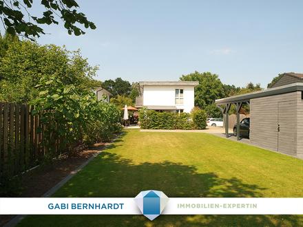 VERMIETETE herrlich gelegene DHH mit 2 Terrassen, Süd-Garten & Carport!