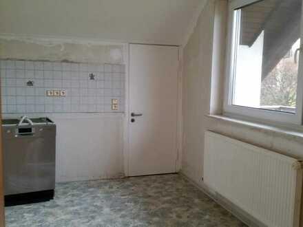 Dachgeschoss 3 Zimmer, Küche, Bad, Balkon
