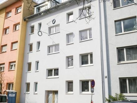 Kernsanierte City-Wohnung in Durlach mit drei Balkonen