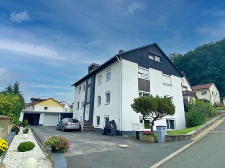 Voll vermietetes 5-Familienhaus mit 2 Garagen und großem Garten in Niederfüllbach bei Coburg