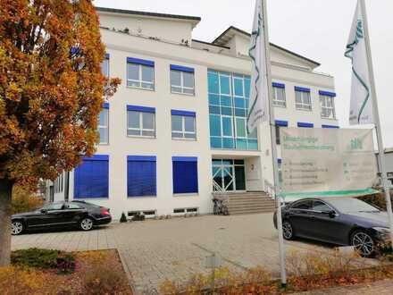 Sonnige Büro-/Kanzlei-/Praxisräume in Aschaffenburg zu verkaufen - Renditeobjekt