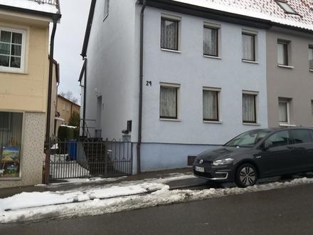 Doppelhaushälfte in der Stadtmitte