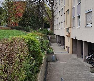 Getrennter Wohn- und Schlafbereich, renovierte 3 Zimmer-Wohnung
