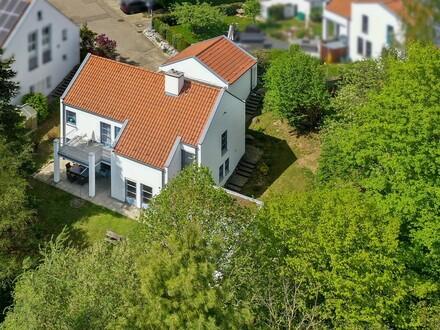 Seltene Gelegenheit! Stilvolles Architektenhaus am Sandberg in Biberach!