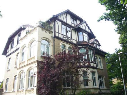 Komfortable 6-Zimmer-Altbauwohnung - in Minden