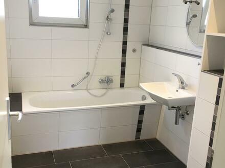 Helle 2-Zimmer-Wohnung mit Balkon im Doktorkamp 9 1.OG links in Wolfenbüttel
