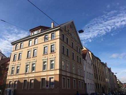 Moderne, stilvolle Altbauwohnung nähe Innenstadt!