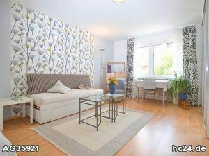 Möbliertes Zimmer in ruhiger Lage im Norden von Nürnberg