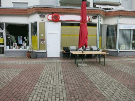 TOP-Rendite-Objekt 7,17%! Ladenlokal im Teileigentum.... derzeit als Bistro genutzt.