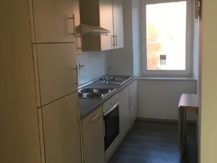 Schnuckelige 2-Zimmer-Wohnung mit Stellplatz direkt im Zentrum Weidens
